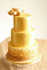 17 Best images about orange and gold cake on Pinterest ...