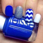 blue & white nails perfect uk