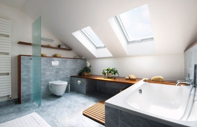 ideen badezimmer mit dachschrage fenster - boisholz,