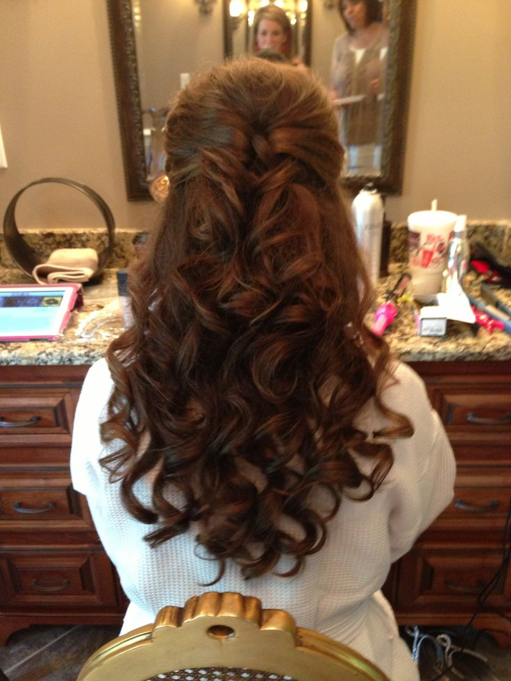 25 Best Ideas About Bridesmaid Hair Curly On Pinterest Curly