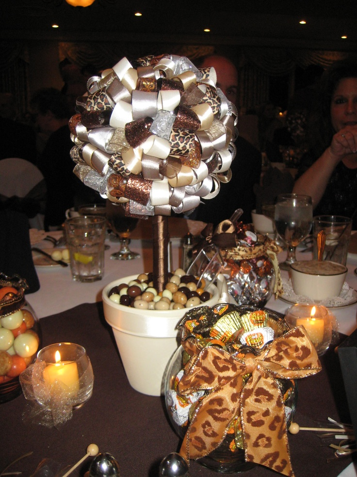 Ribbon Topiary that was at a wedding receptioncute idea  Craft Ideas  Pinterest