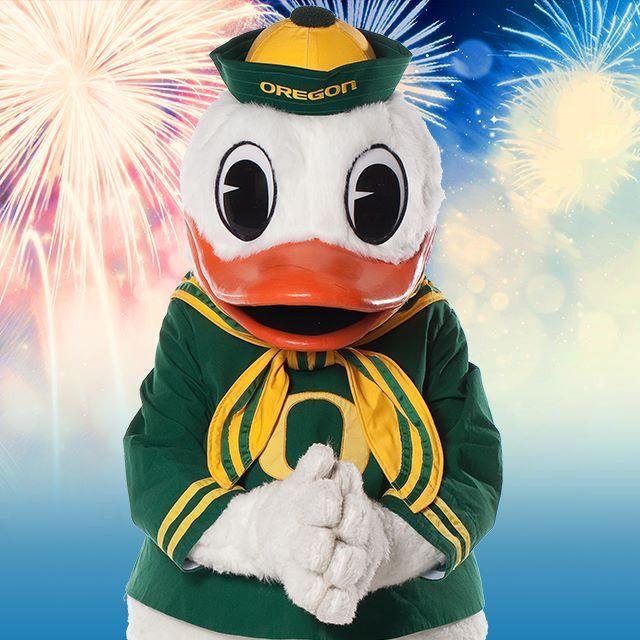 Happy 4th Of July Duck Fans Oregon Ducks Pinterest