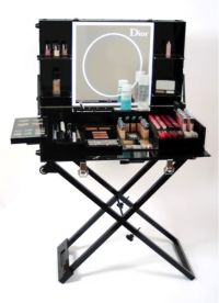 83 best images about Lovely make up table on Pinterest ...