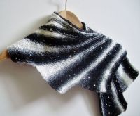17 Best images about Wingspan Shawls on Pinterest | Yarns ...