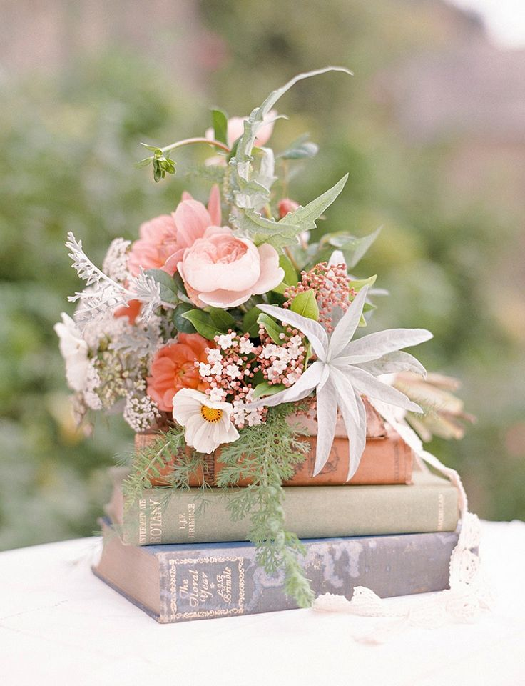 25 Best Ideas About Book Centerpieces On Pinterest Book