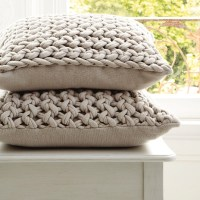 How fun are these?!? Chunky hand-knit pillows | Knit - For ...