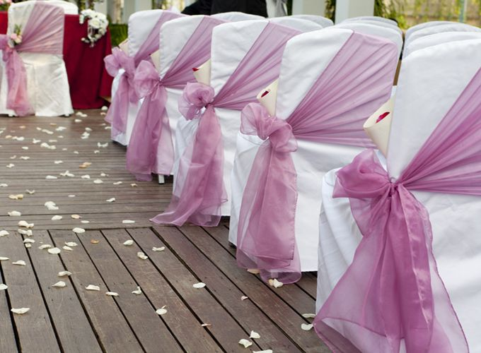 ebay ivory chair covers lounge pool tulle down the center aisle with ribbon and raffia to secure. hang mason jar flowers from ...