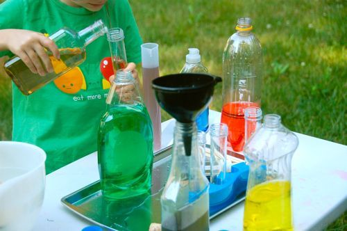 Potion Lab – I would have had a blast doing this as a kid! #preschool activites