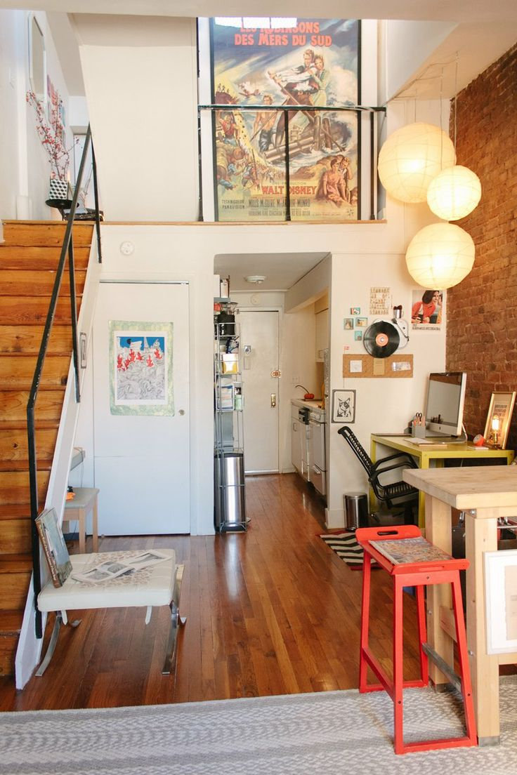 CBs Quirky  Personal Duplex  House tours In kitchen and Green desk