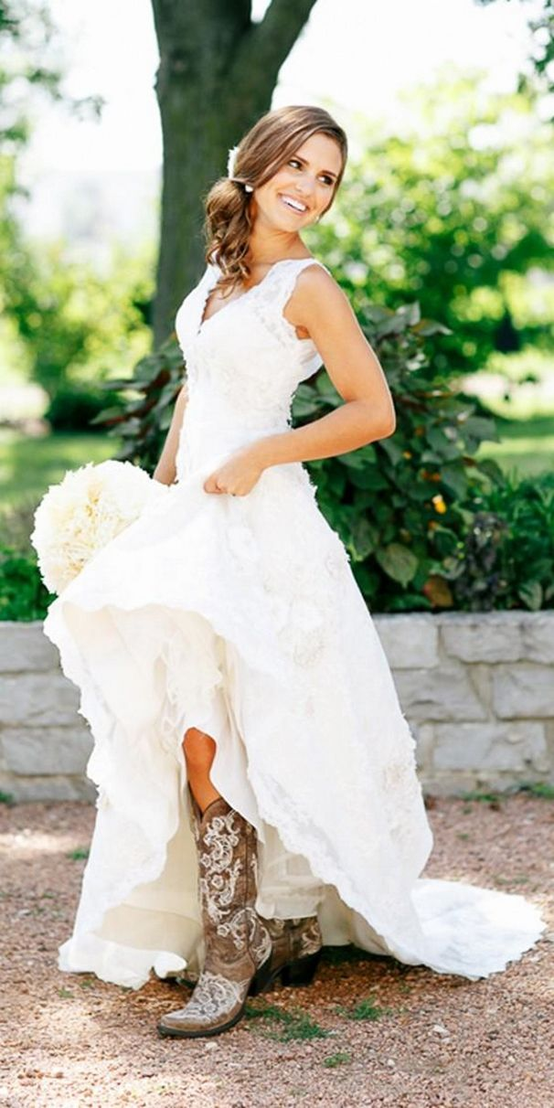 25 best ideas about Country wedding dresses on Pinterest  Country wedding gowns Country chic