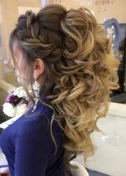 ideas curly ponytail