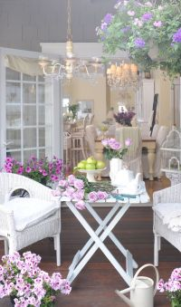 1000+ ideas about Shabby Chic Patio on Pinterest | Patio ...
