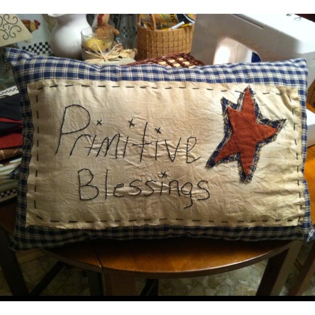 17 Best ideas about Primitive Pillows on Pinterest