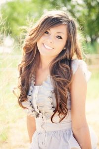 Her hair senior pic. Makeup | Hairstyles | Pinterest ...