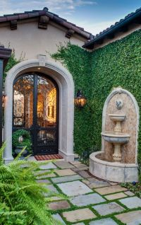 25+ Best Ideas about Front Courtyard on Pinterest ...