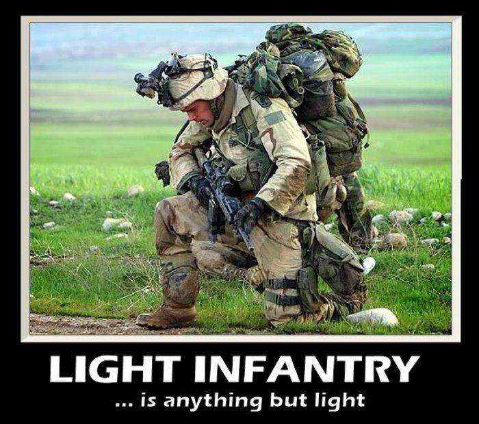 Infanterie légère ... tout sauf léger.