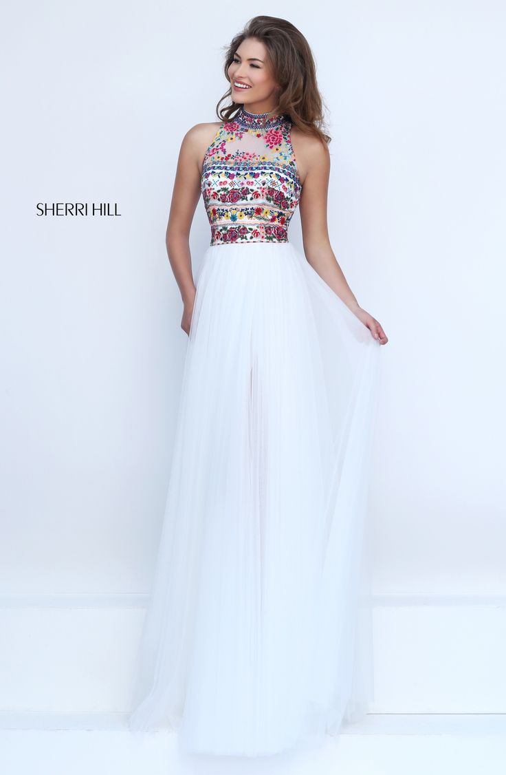 17 Best ideas about Flowy Prom Dresses on Pinterest  Grey ball dresses Long dresses and