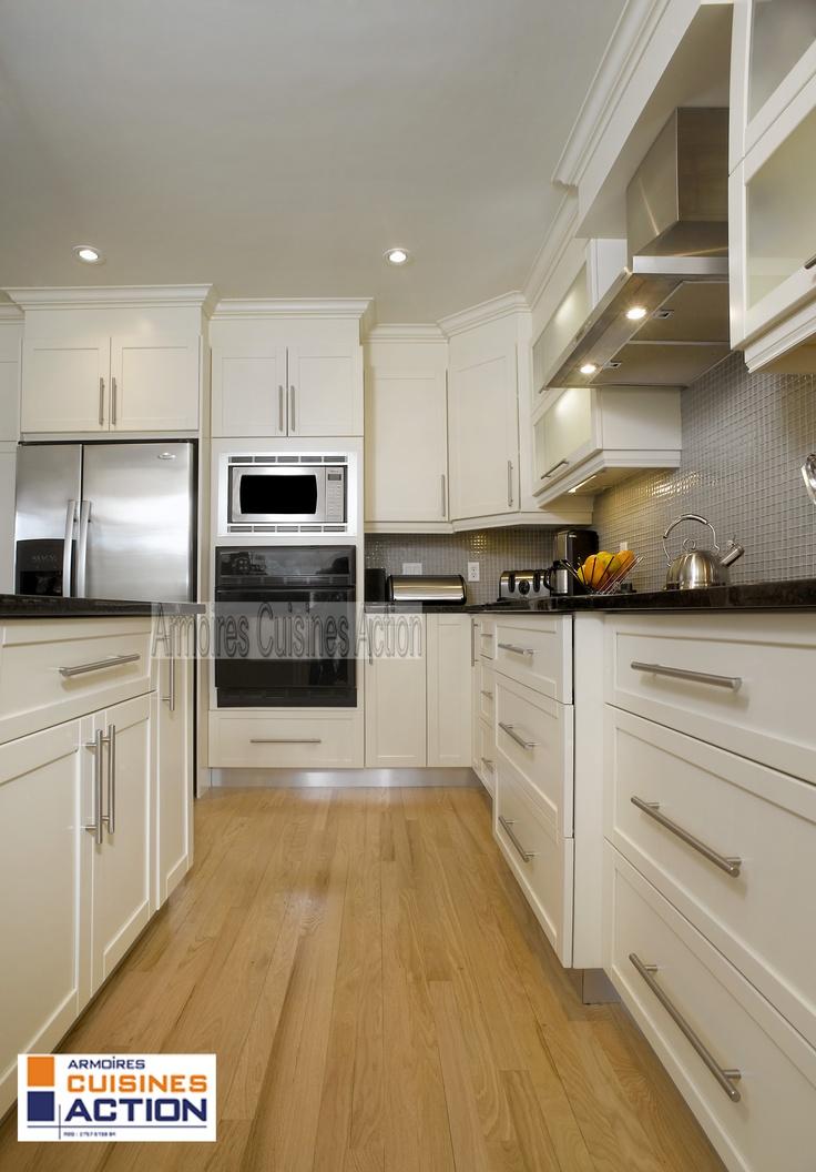 kitchen islands ikea wooden table cuisine en mdf avec portes shaker v groove et sa pâleur ...