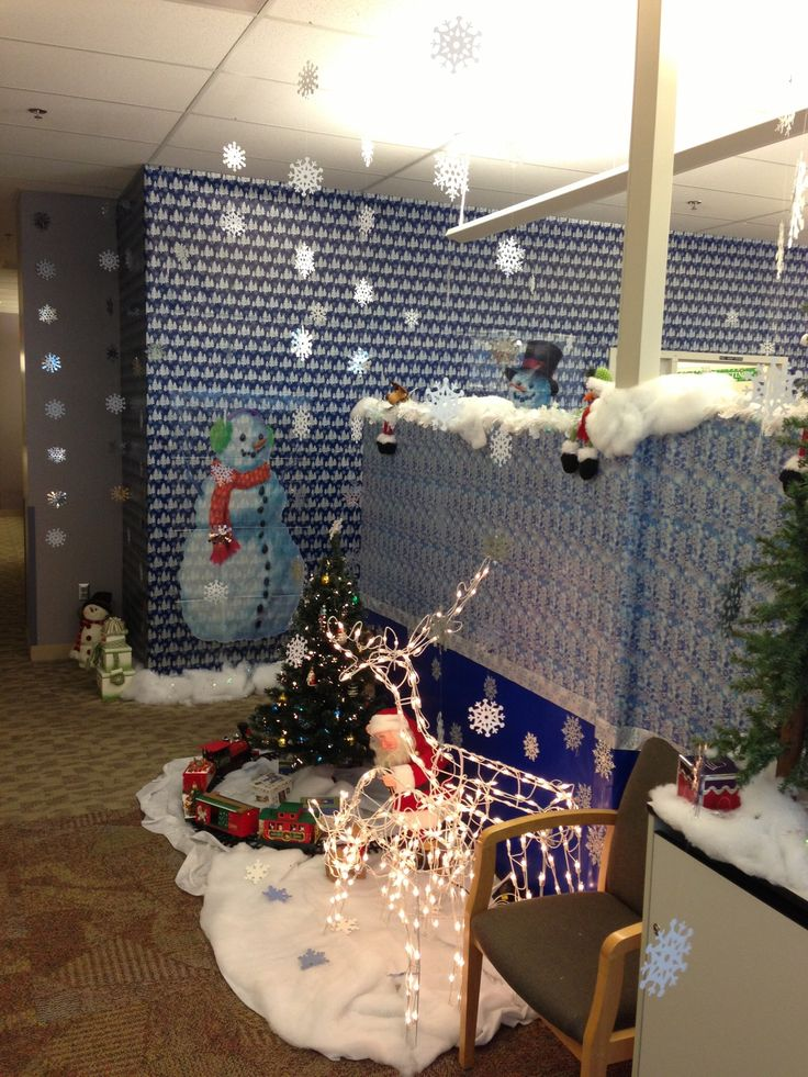 1000+ images about Cubicle Christmas/ Office Decorating