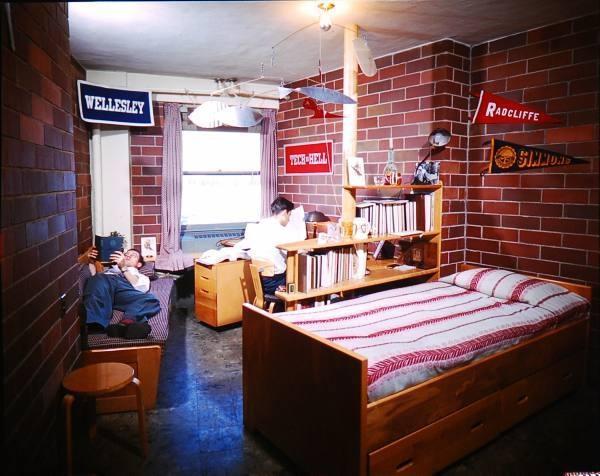 Alvar Aalto Student S Room Interior Of Baker House