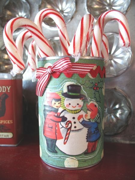 Project Candy Cane Holder Altered Soup Can DAISY DS