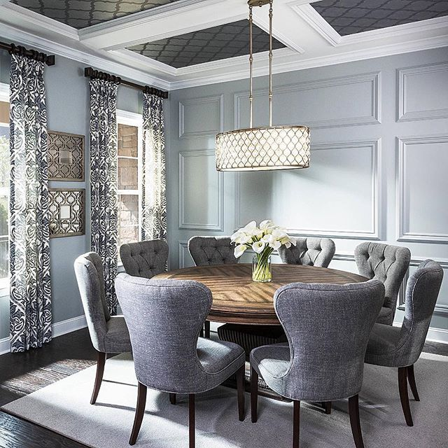 25+ Best Ideas about Round Dining Tables on Pinterest