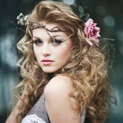 vouluminous curly hairstyles