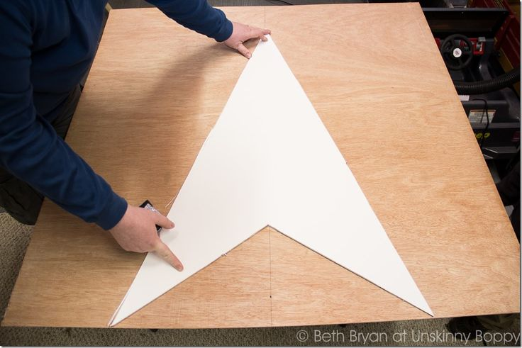 How to DIY a Giant Wooden Star for