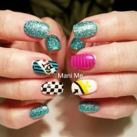 25+ best ideas about Alice In Wonderland Nails on ...
