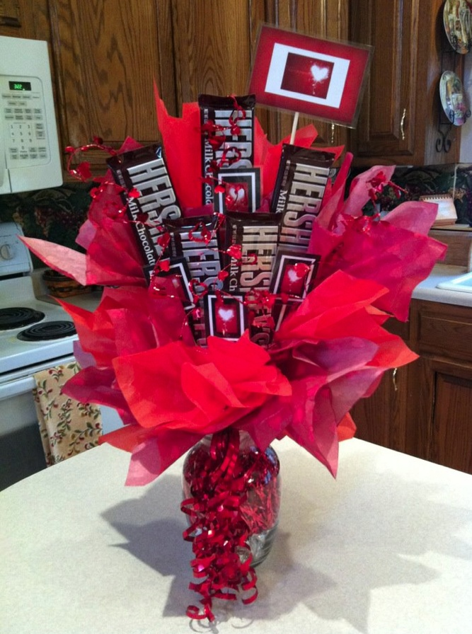 Pin By Kelli Guy On Candy Bar Bouquets Cakes And Mesh