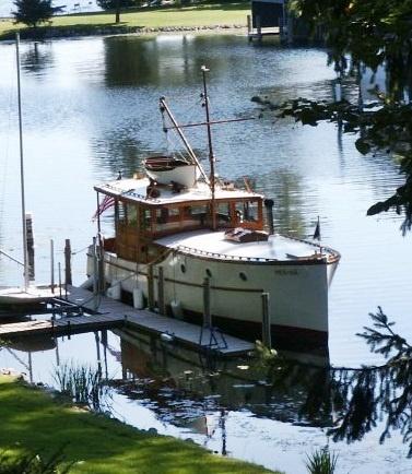 36 Foot Raised Deck Cruiser Built In 1930 By NJ