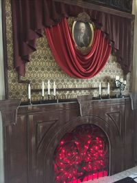25+ best ideas about Haunted Mansion Decor on Pinterest ...