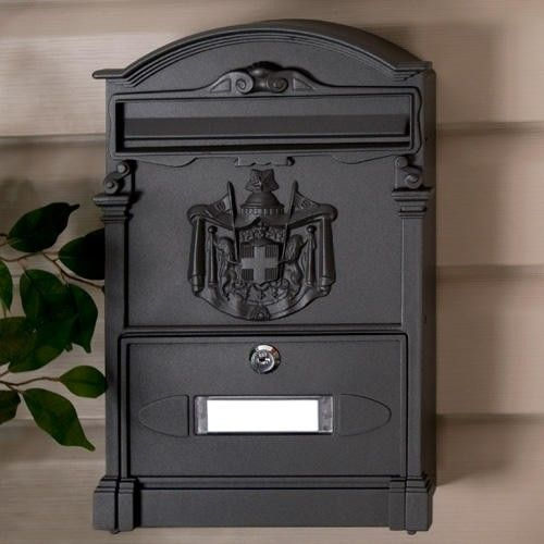 Colonial Wall Mount Mailbox