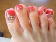 toenail design rhinestone