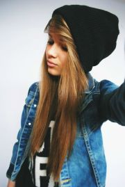 girls with beanies pretty