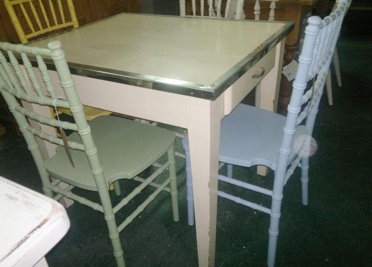 Vintage Kitchen Tables For Sale