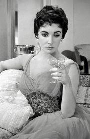 1950s pixie cut cool short hair