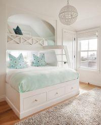 25+ Best Ideas about Aqua Blue Bedrooms on Pinterest ...