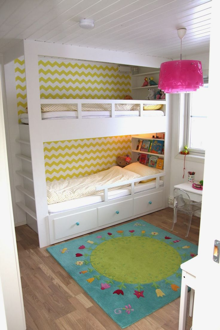 Oh It S A Hemnes Daybed On The Bottom With A Loft Bed On