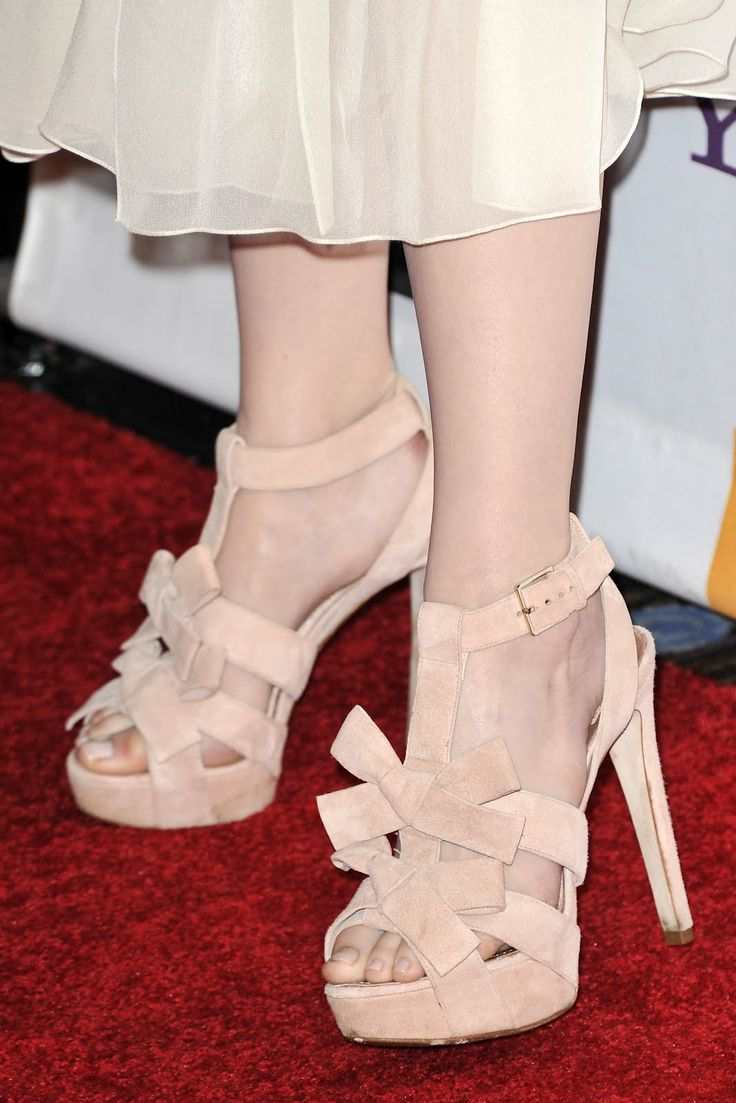 emma stone pantyhose feet  Labels Emma Stone   Emma Stone  Pinterest  Emma stone and Stones