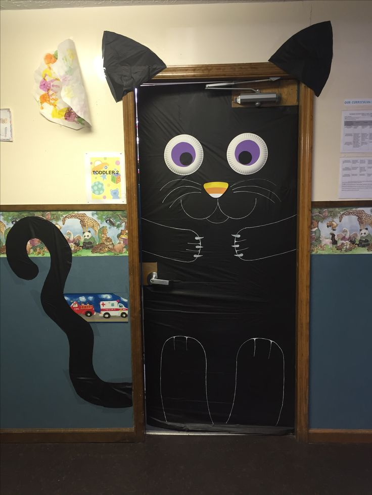 25+ best ideas about Halloween door decorations on Pinterest