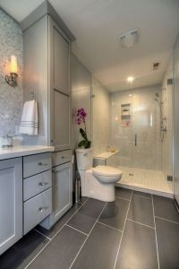 25+ best ideas about Gray Bathrooms on Pinterest ...
