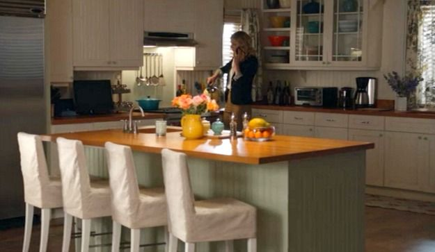 chair slipcovers green pop up high emily thorne's beach house in the hamptons on