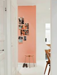 peach+accent+wall+in+hallway+via+lemonadeandmasonjars ...