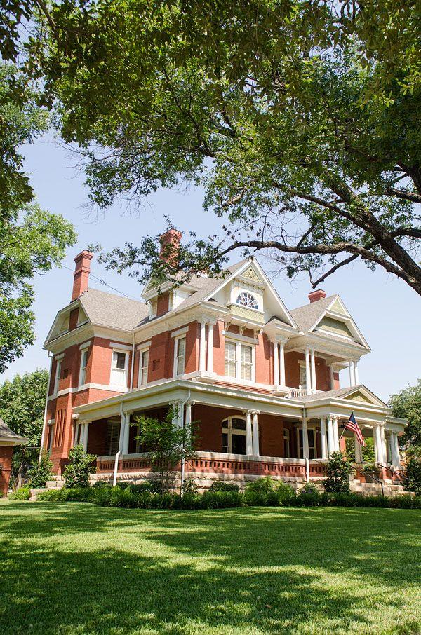 Victorian 417 S Denton Street  Gainesville TX  Homes