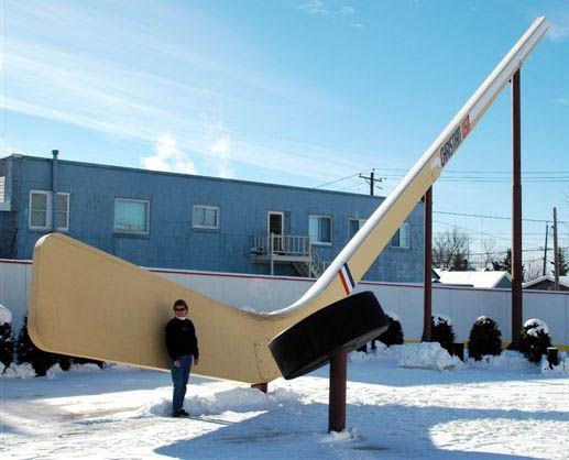 WORLDS LARGEST*** FREE-STANDING HOCKEY STICK amp; PUCK  Eveleth, Minnesota