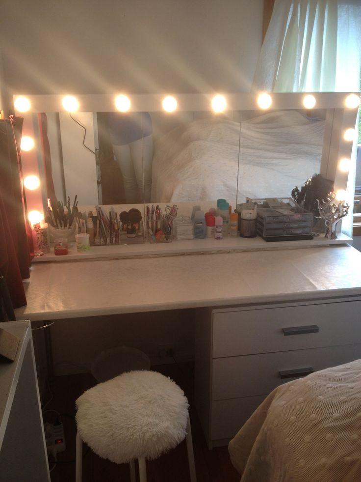 DIY  Hollywood mirror  DIY  Make it  Pinterest