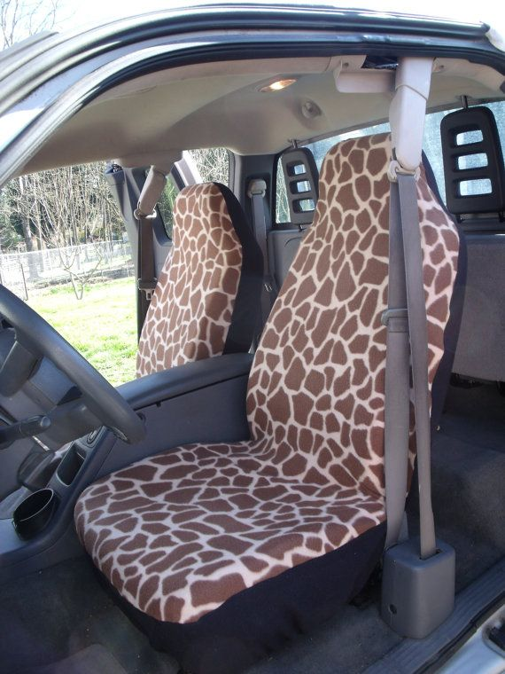 A Set Of Large Giraffe Prints Seat Cover And Steering