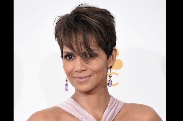 Imagini pentru celebrities wearing amethyst