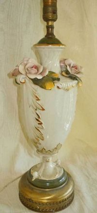 Vintage Capodimonte Porcelain Lamp Roses Flowers Pink ...